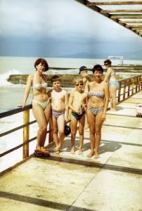 1997г, август,Я с сыном слева